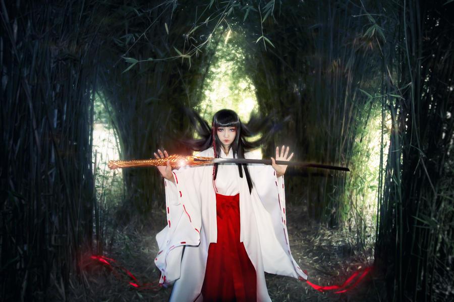 X-1999 Priestess Kishu Arashi Cosplay by Fantalusy