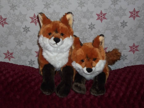 Fox plush pair