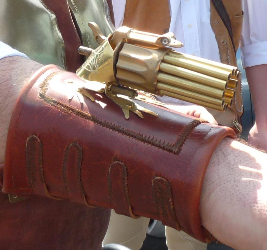 Steampunk gauntlet wrist gun 'Little Froggy' _ by Arsenal-Best