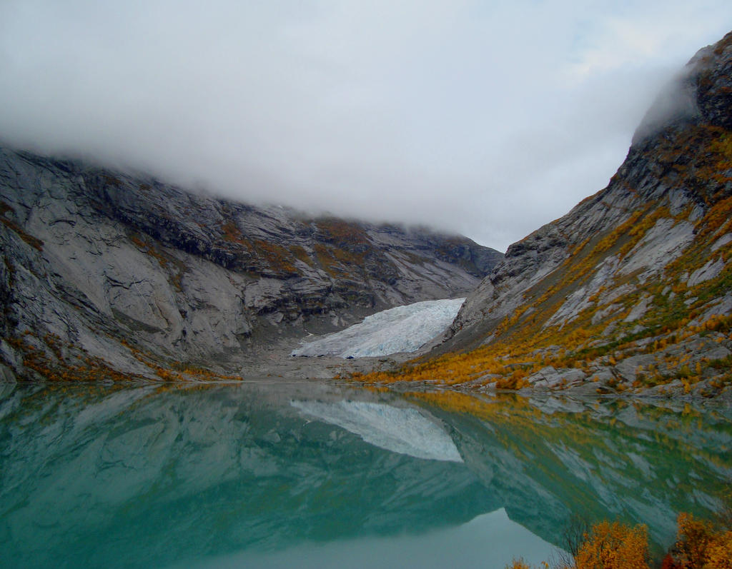 Nigardsbreen by dwarfeater