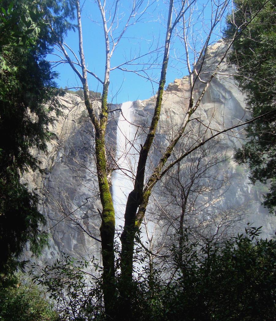Ribbon Falls II by dwarfeater