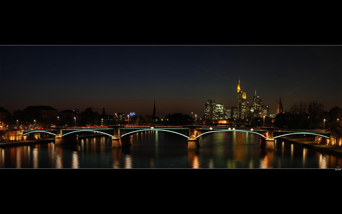 Frankfurt Main Skyline by skymax2k
