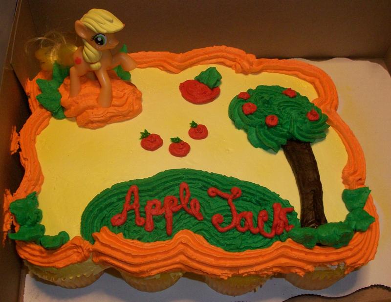 Applejack cake MLP by Foxbeast
