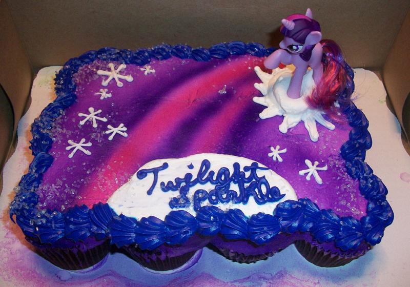 Twilight Sparkle Cake MLPd to by Foxbeast on DeviantArt