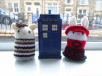 Doctor Who: Steven and Dodo Amigurumi (Commission) by fourthimbles