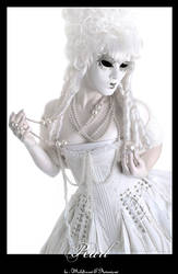 Pearl by Helleana