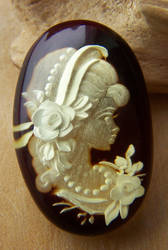 Cameo Little Lady 2