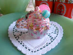 Pretty in Pink Cupcake