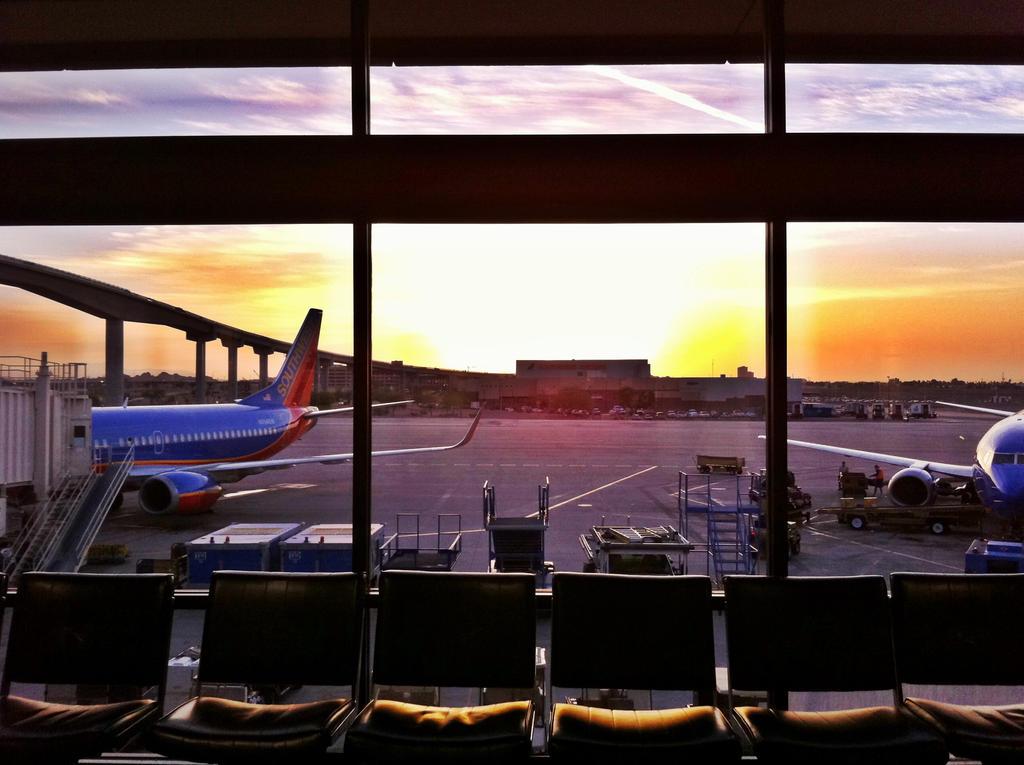 Morning Desert Terminal by Tsitra360