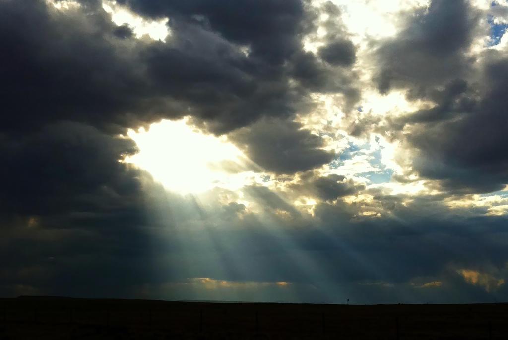 God's Spotlight by Tsitra360