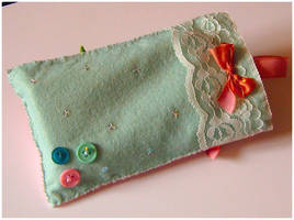 DS Pouch side2 by Silatham