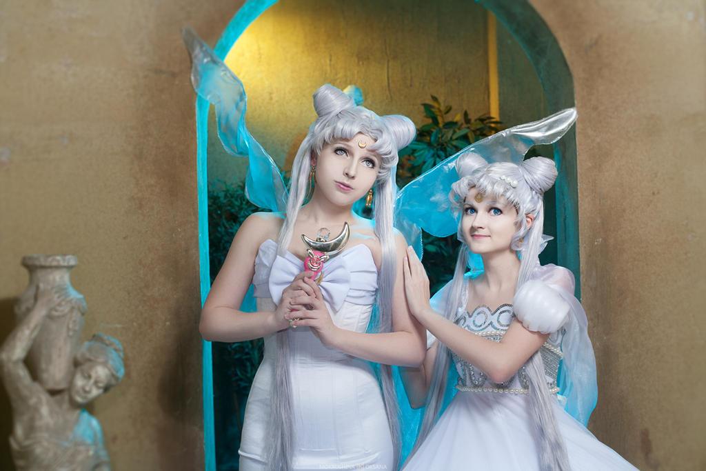 Queen Serenity and Princess Serenity by Likanda