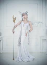 Queen Serenity by Likanda