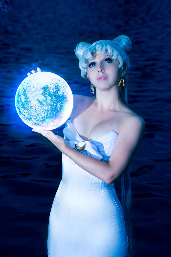 Moon Goddess by Likanda
