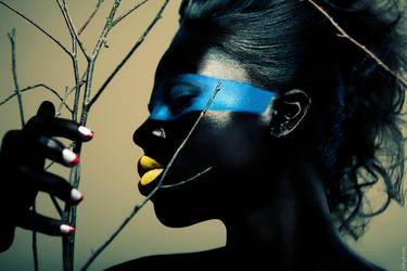 Bird Queen - 1 by ZirTuan