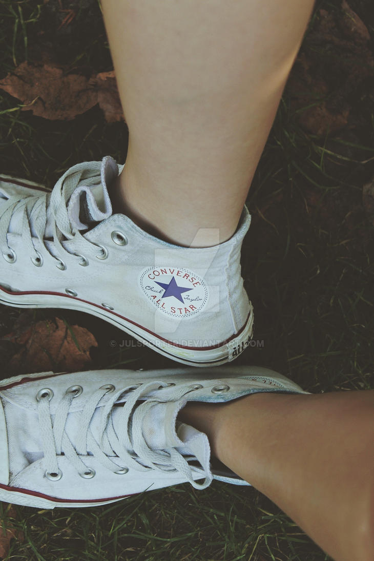 Sneakers have to be dirty by JulsPorter
