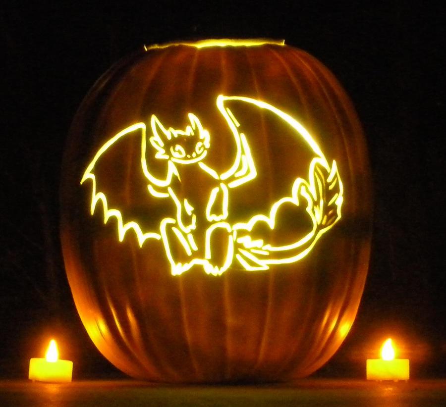 Toothless night fury pumpkin by acappellasaurus on deviantart