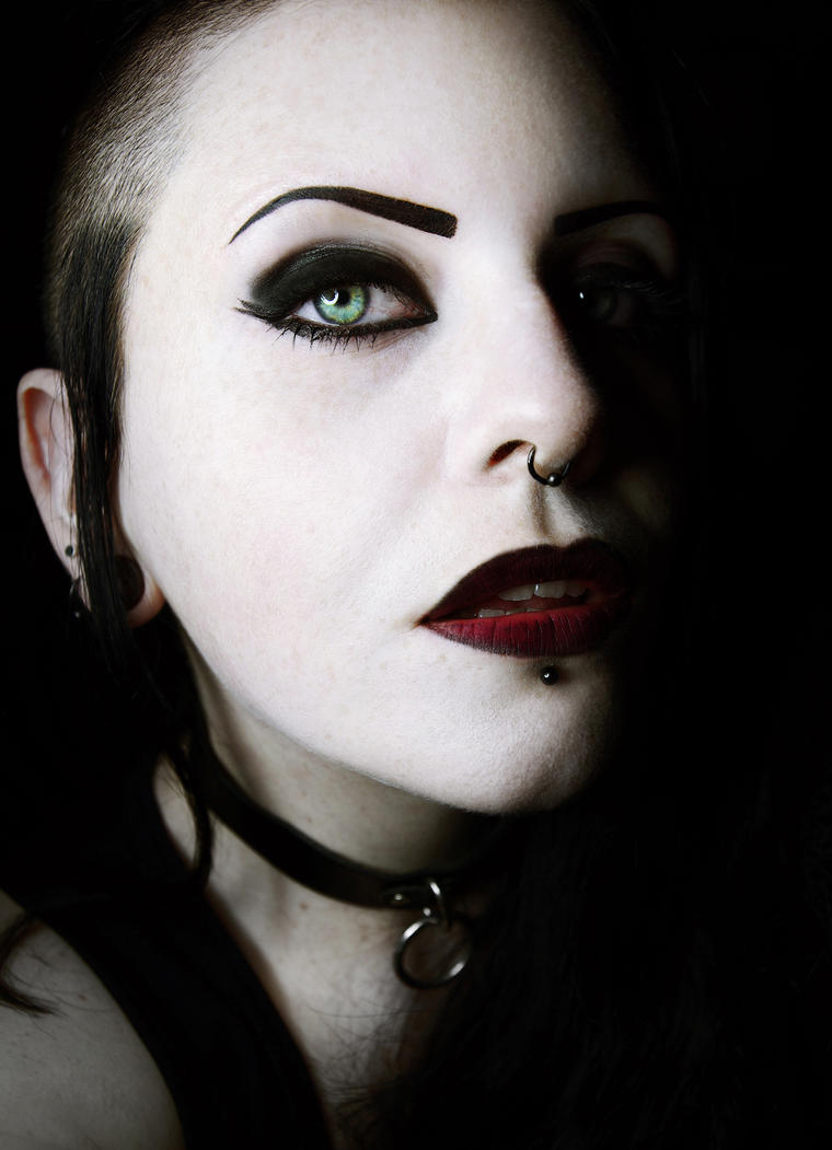 Heavy Gothic by MinglPassion