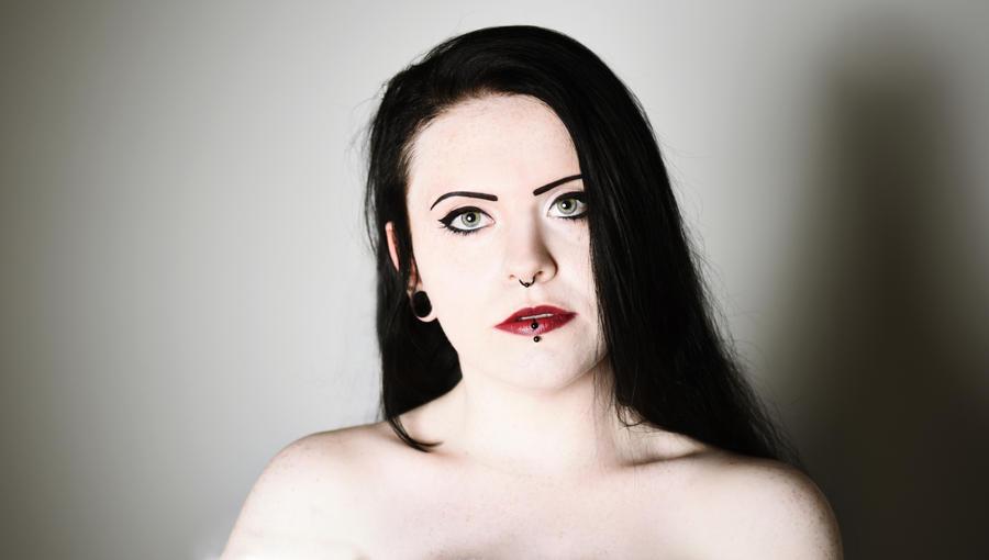 Snow White by MinglPassion