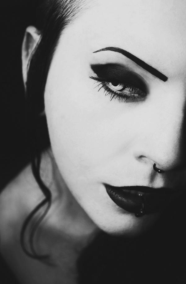 Gothic Geisha by MinglPassion
