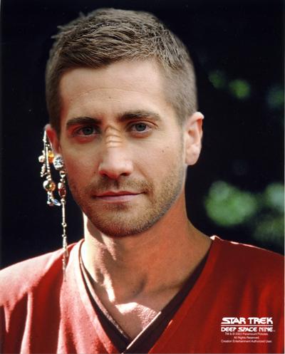 Jake Gyllenhaal as a Bajoran Vedek by thatgeekchick