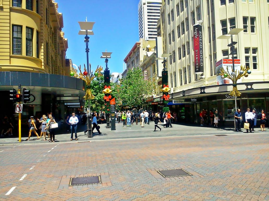 Half christmas date in Perth