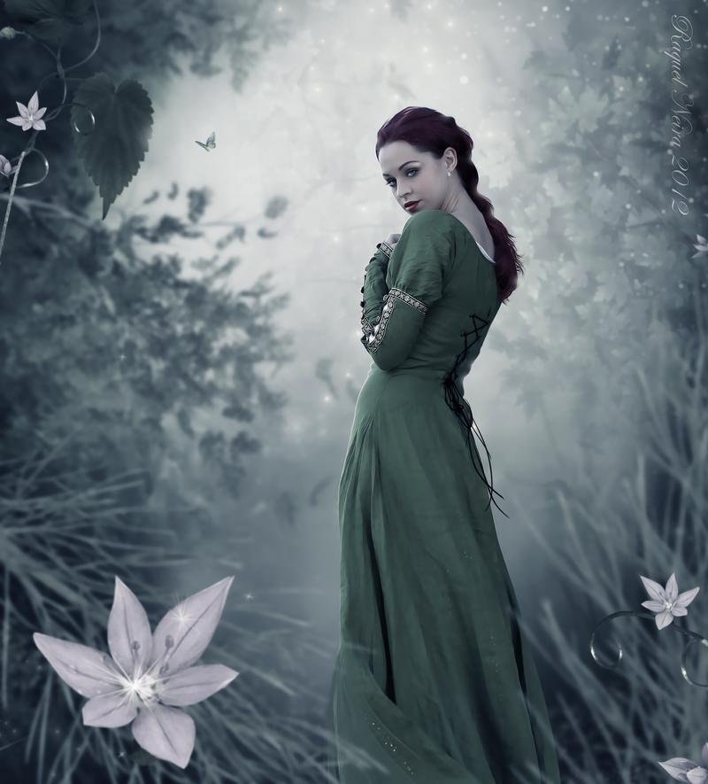 UN DESCANSO EN EL CAMINO - Página 39 Through_the_green_forest_by_scared_princess-d5bs39y