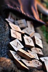 Handmade Elder Futhark Rune Set- Birch by Fellgleaming