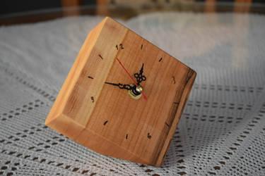 Desk Clock by matcheslv