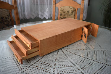 Wooden Box by matcheslv