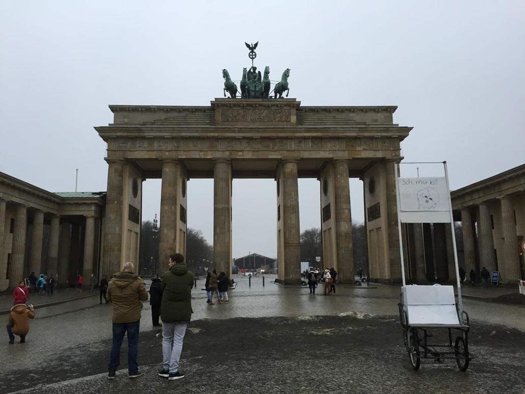 Brandenburger Tor by headstert