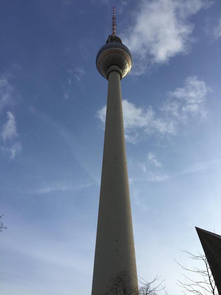 Fernsehturm by headstert