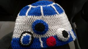 R2-D2 hat by FreakieGeekie
