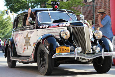 Car Show Cars Police Cruzer :)