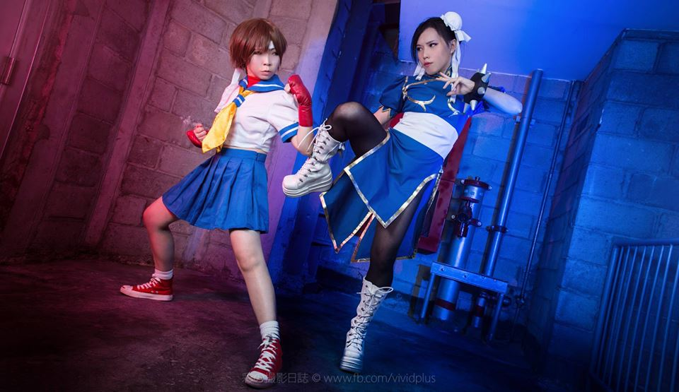 Street Fighter Sakura vs ChunLi by vividplus