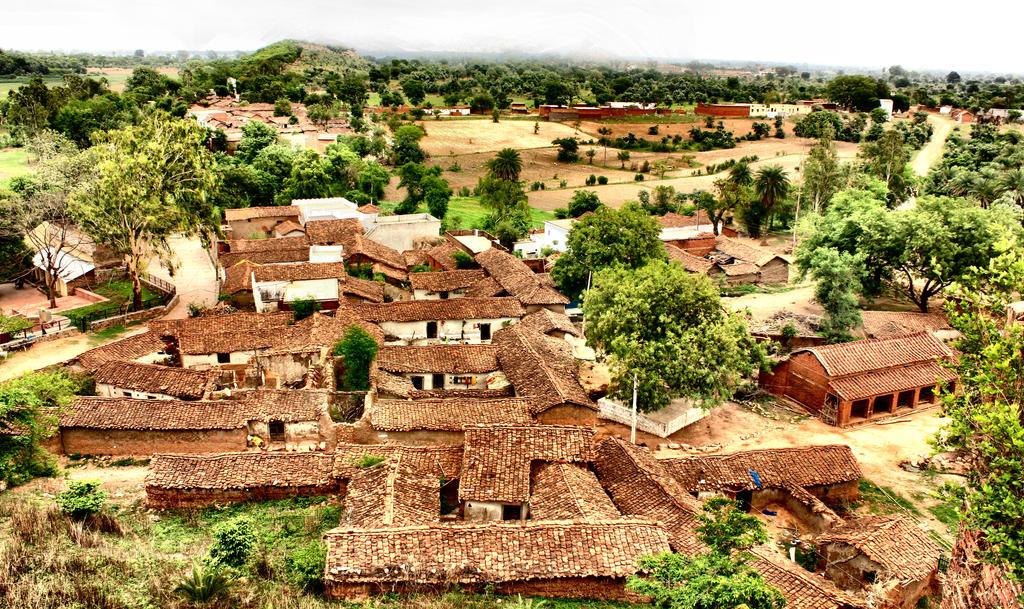 Mukarwa village by SmallCurryLeaf