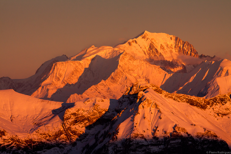 Rouge Mont-Blanc by PierreRodriguez