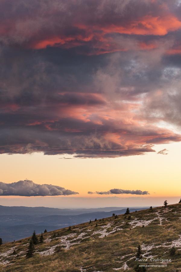 Montagne de Lure by PierreRodriguez
