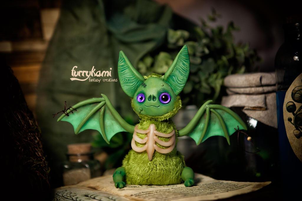 Custom made Zombie bat! by Furrykami-creatures