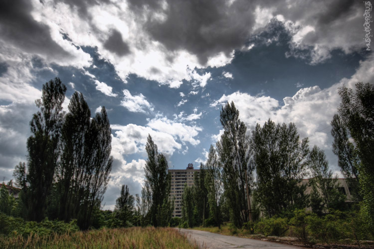 radio sky by museunderdrugs