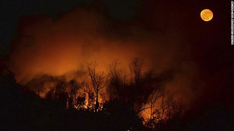 161117153948-09-southern-wildfires-1115-exlarge-16 by Ghostwalker2061