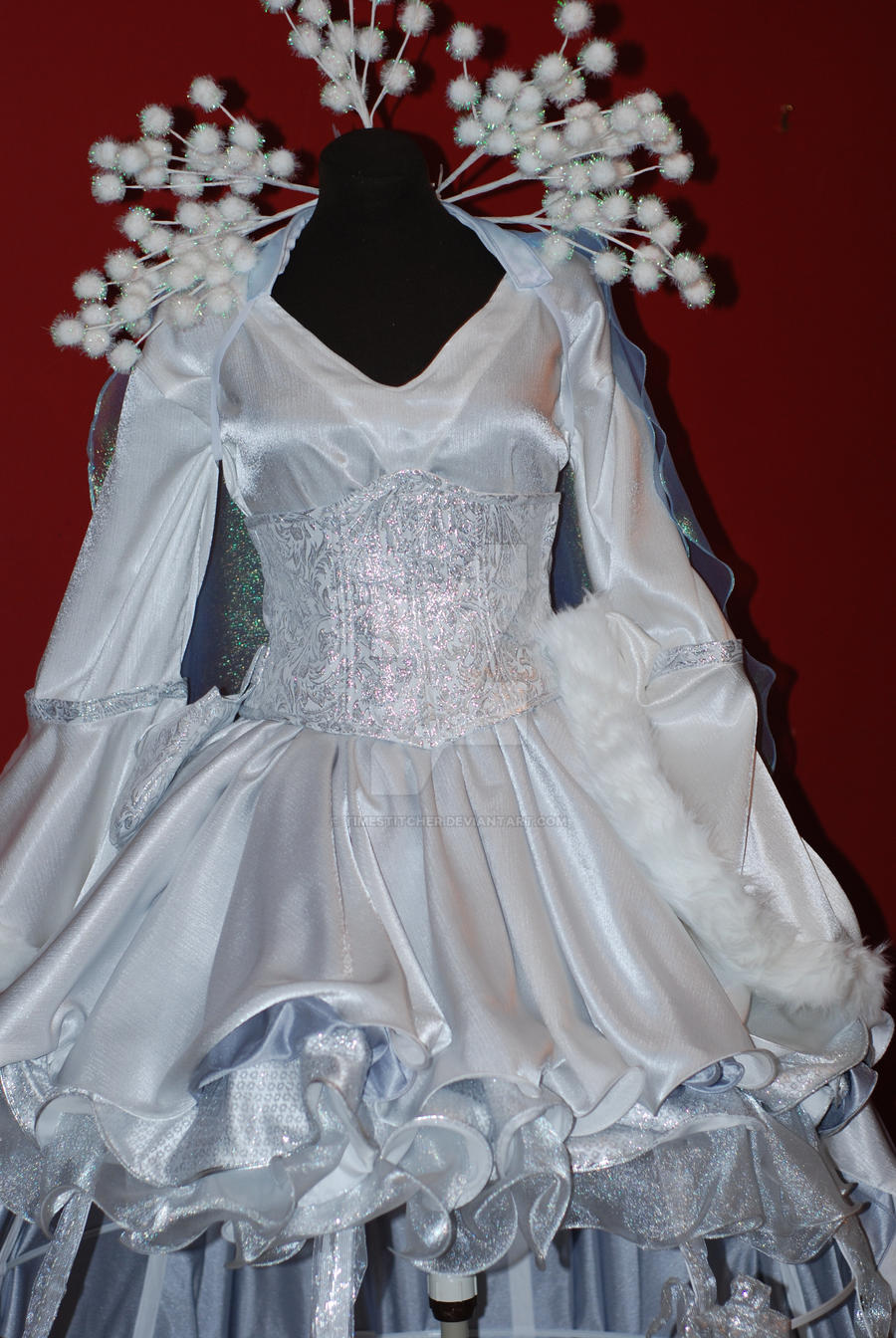 Snow Queen Costume Closeup by Timestitcher Snow Queen Costume Closeup by Timestitcher & Snow Queen Costume Closeup by Timestitcher on DeviantArt