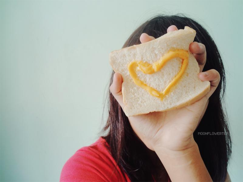 Eat My Heart by moonflowertea