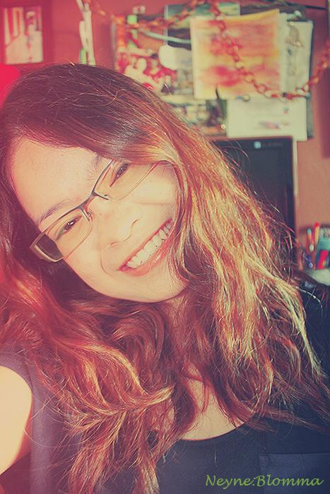 Smile by NEYNE-BLOMMA