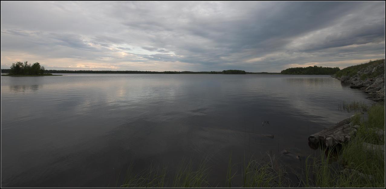 Evening at the lake by NikolaiMalykh
