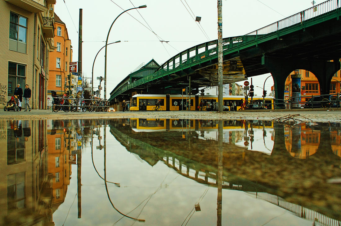 Berlin, Ecke Schoenhauser by teetotally