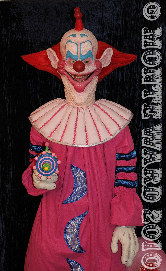 Slim killer klown statue 2 by dreggs88 on deviantart for Killer klowns 2