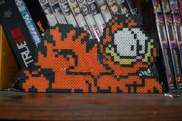 Garfield Perler by evilpika