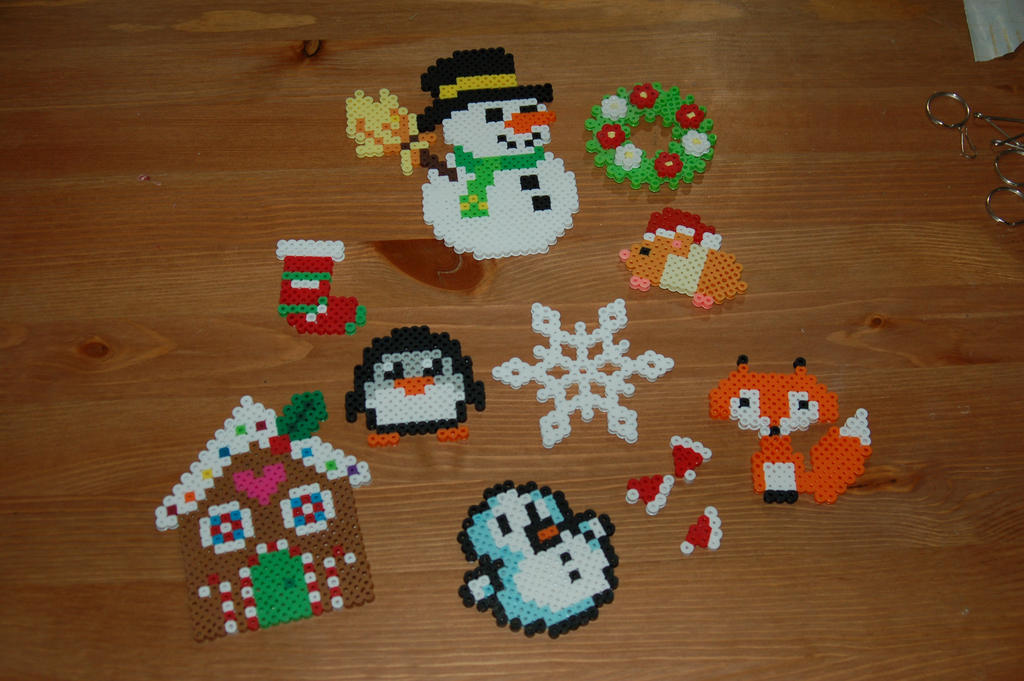 Christmas 2016 Perler Part 2 by evilpika