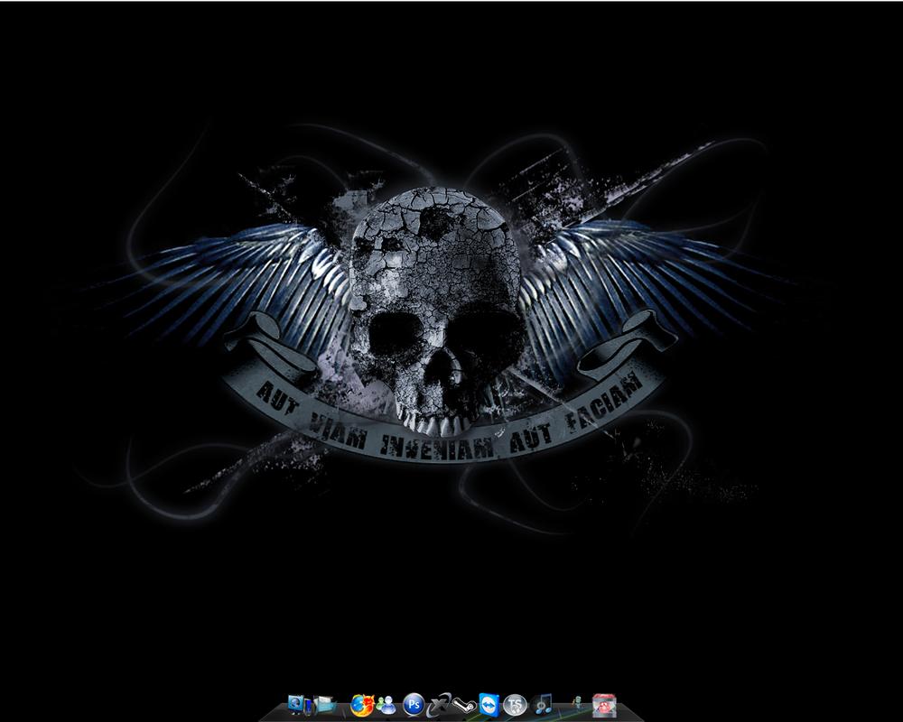 Current Desktop by SoulSeeker91
